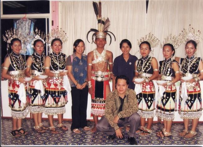 Bersedia untuk Persembahan semasa Bulan Kemerdekaan 2005