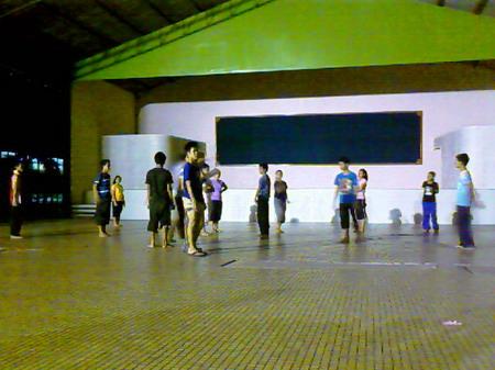 Latihan malam