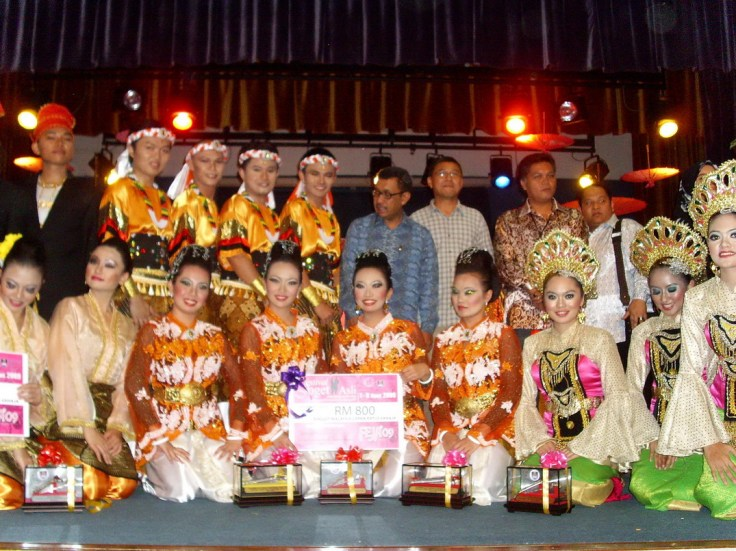 Dari Kiri... UiTM Sabah, UiTM Sarawak dan UiTM Pahang